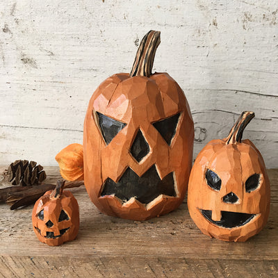 Small Pumpkin Carving 1