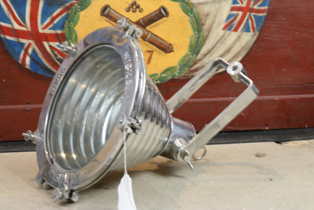 Aluminum Fluted Cargo Light