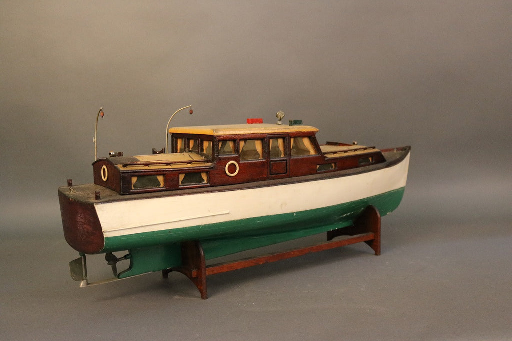 1920's Model of a Yacht