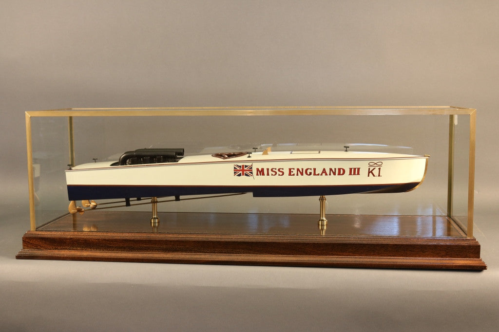 "Speedboat Model ""Miss England III"""