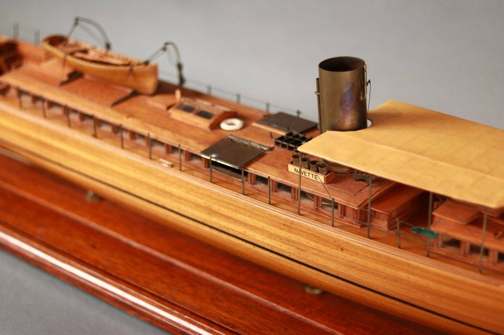 Model of JP Morgan's Navette