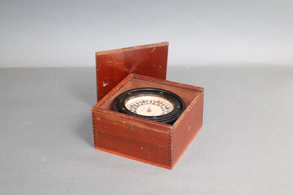 E S Ritchie Boxed Ships Compass