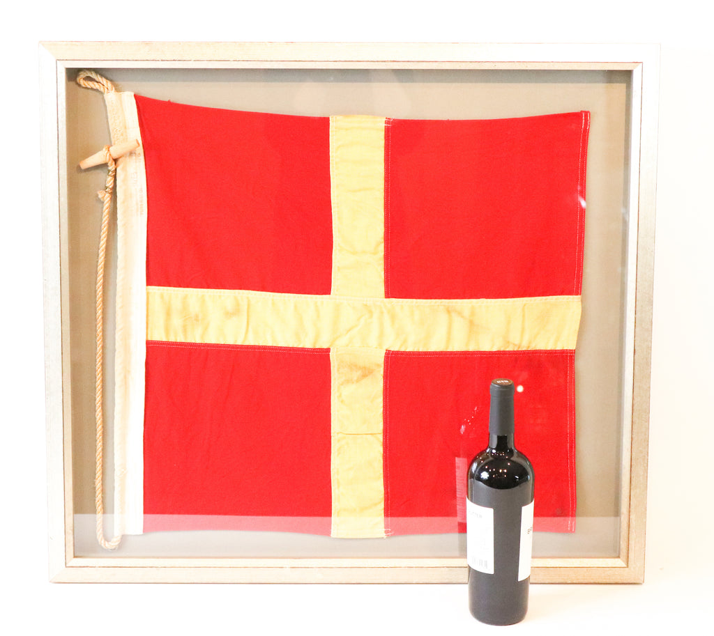 "International Maritime Signal Flag ""R"""