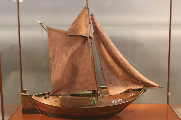 Ship Model of Double Ended Dutch Trading Vessel