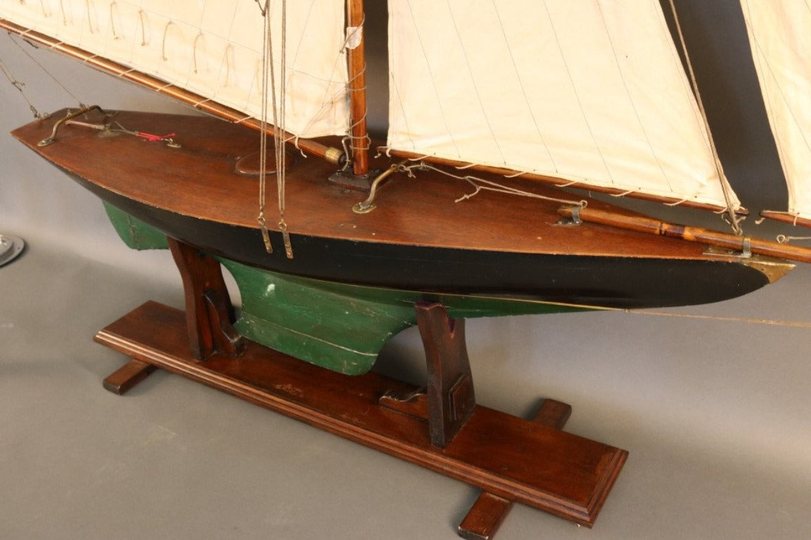 Pond Yacht Model With Gaff Rig Lannan Gallery