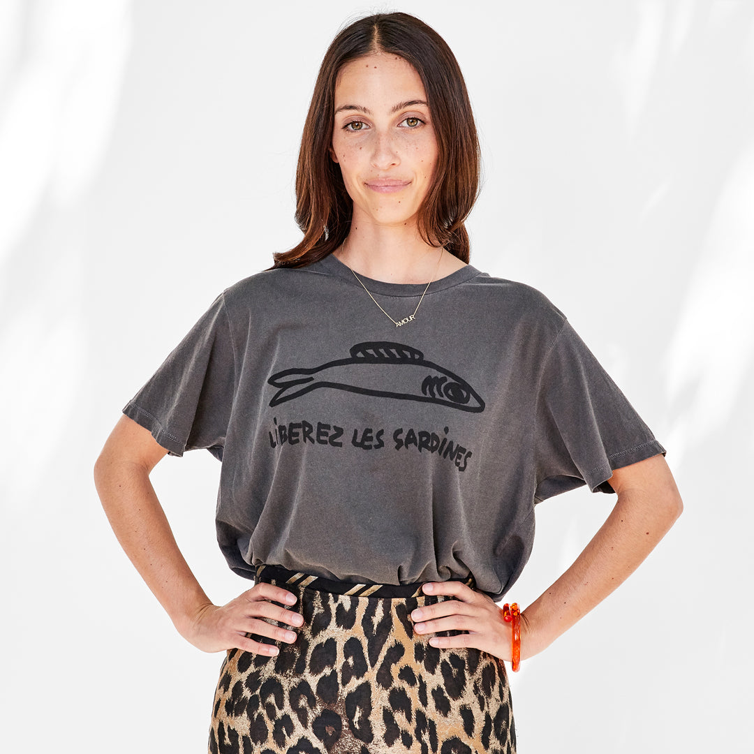 Liberez les Sardines Original Fit Tee on Frannie