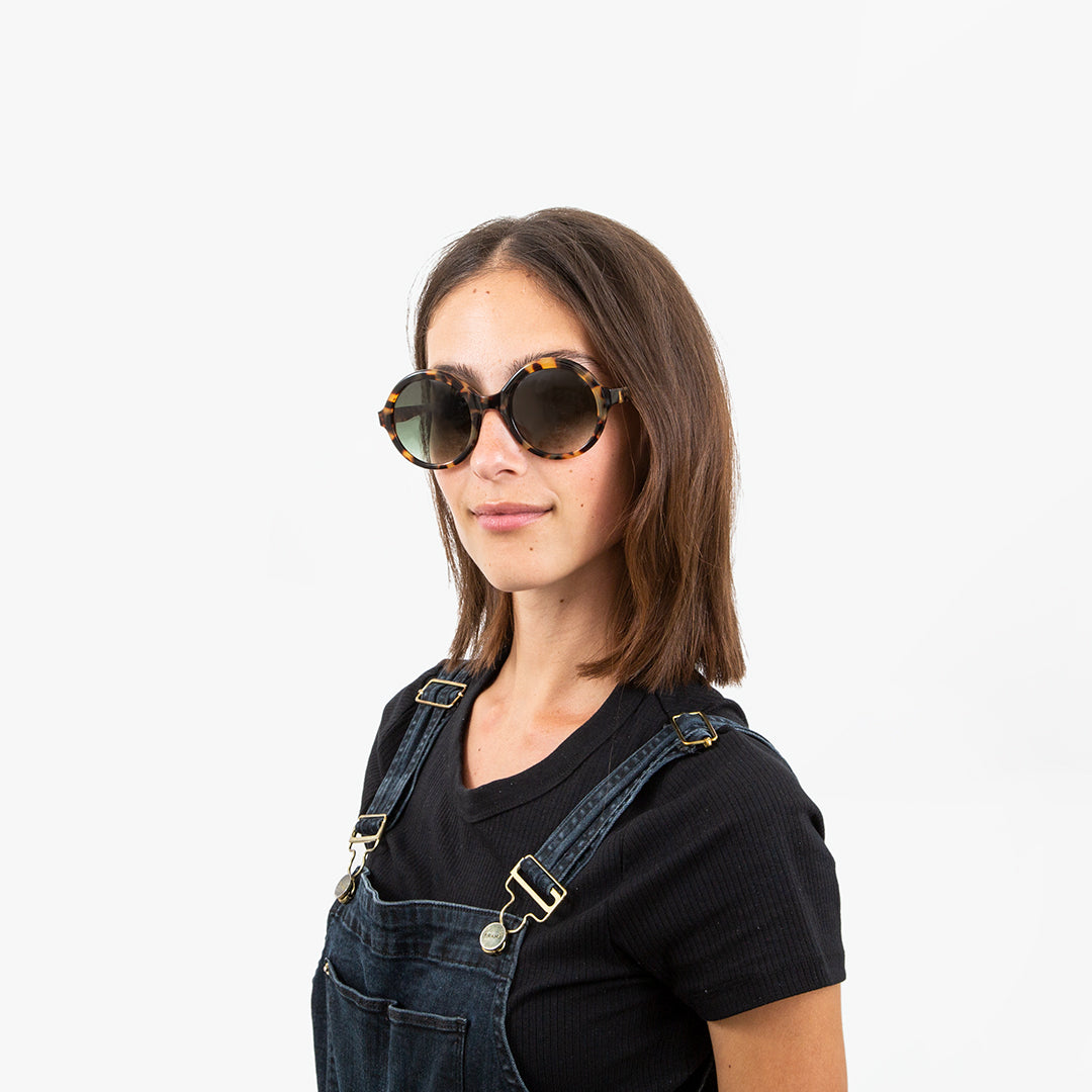 TOMS Harlow Blond Tortoise Sunglasses - On-Model