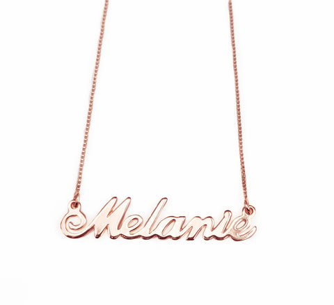 Melanie Name necklace
