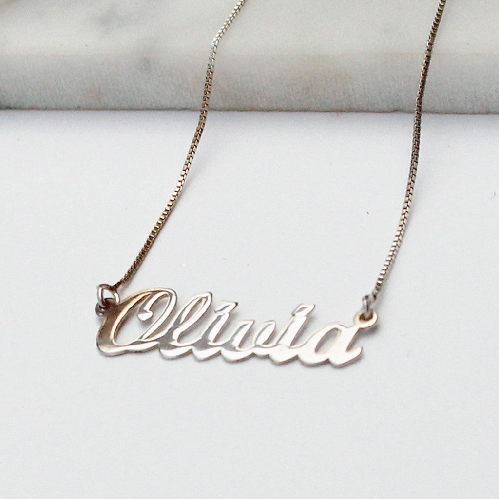 Olivia Name necklace