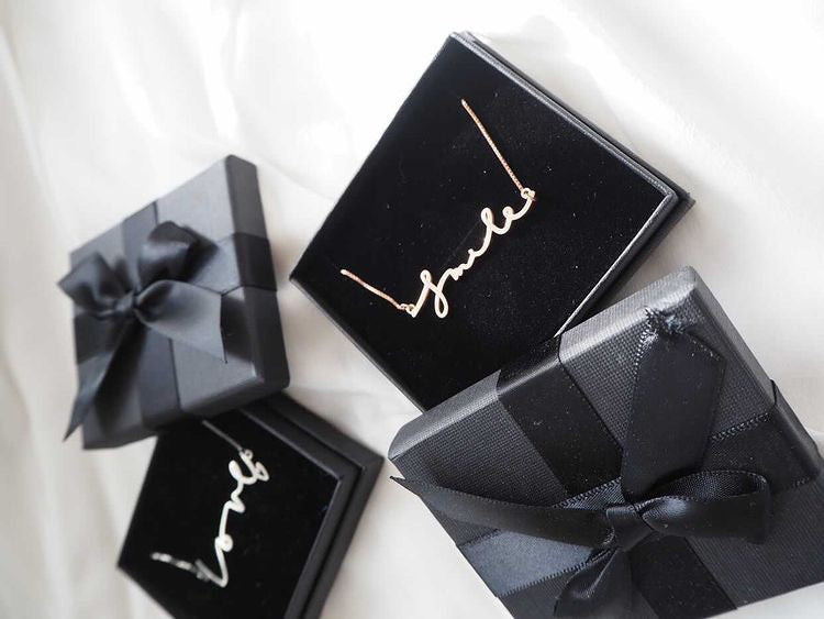 INPO Handwriting Name Necklace
