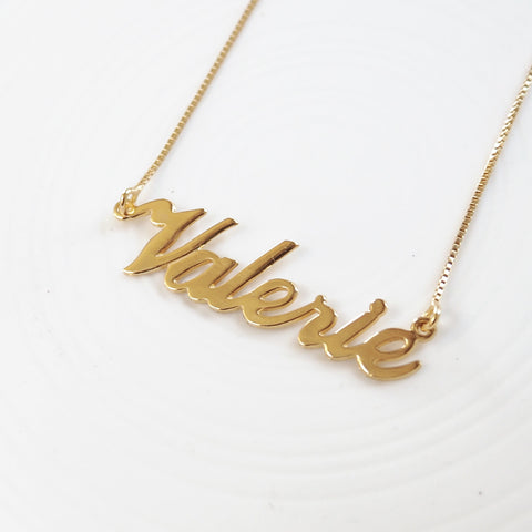 Valeria Name Necklace