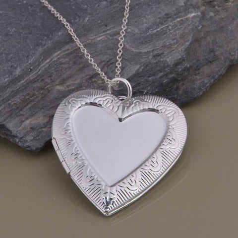 LightningStore Exclusive Heart Frame Locket Necklace