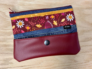"TROUSSE ""ZIP"" FLORAL BORDEAUX"