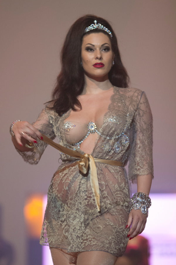 Burlesque Superstar Immodesty Blaize in Alegra gown by Sonata - soon to launch at Beautifully Undressed