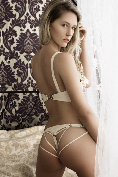 Hecate String Knicker - White