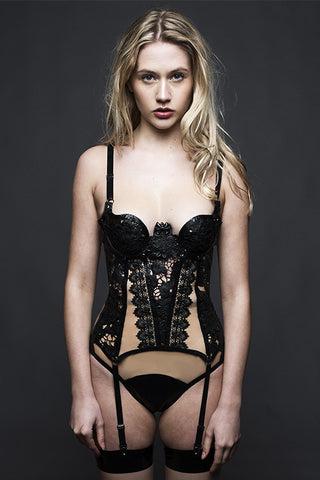 Theia Basque Black