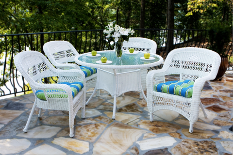 5 Piece White Wicker Outdoor Patio Furniture Set
