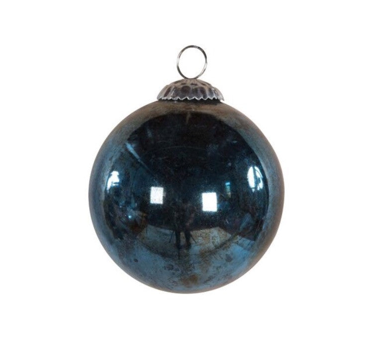 OVERSIZED GLASS BAUBLE