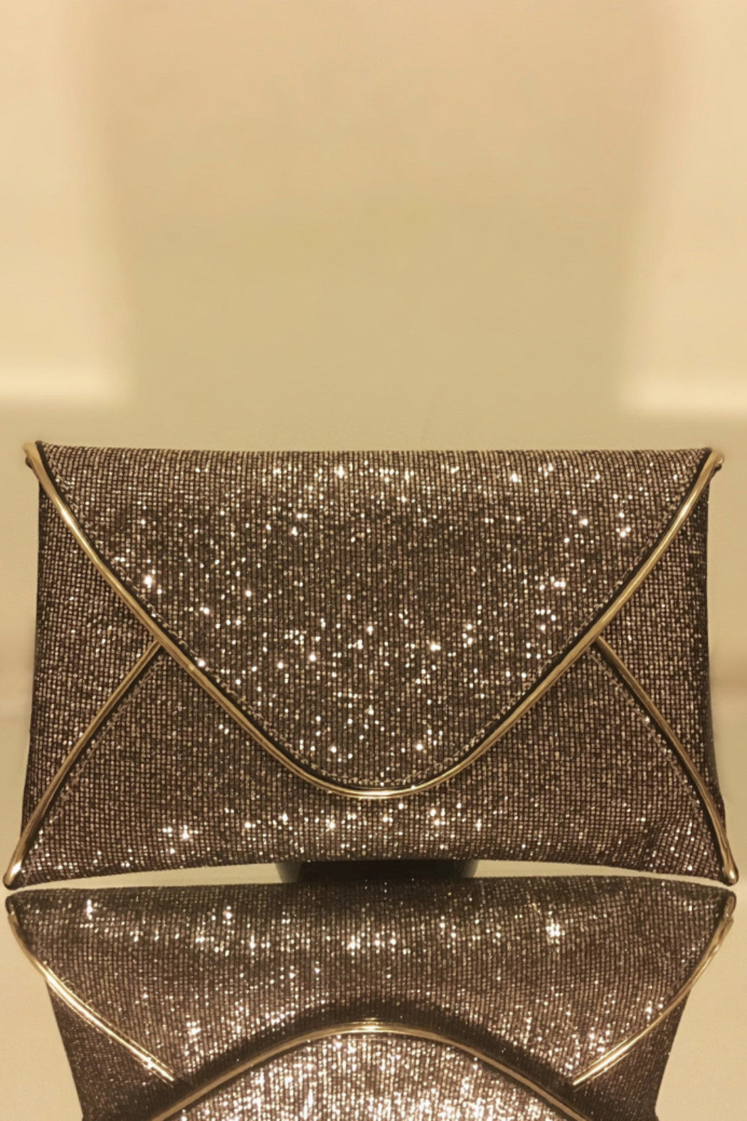 Harlem Nights  Clutch - Snatched