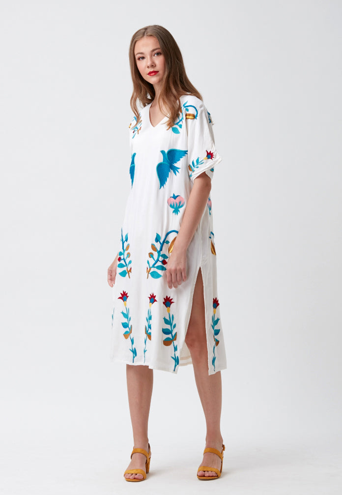 Wild Berries V-neck Caftan Dress