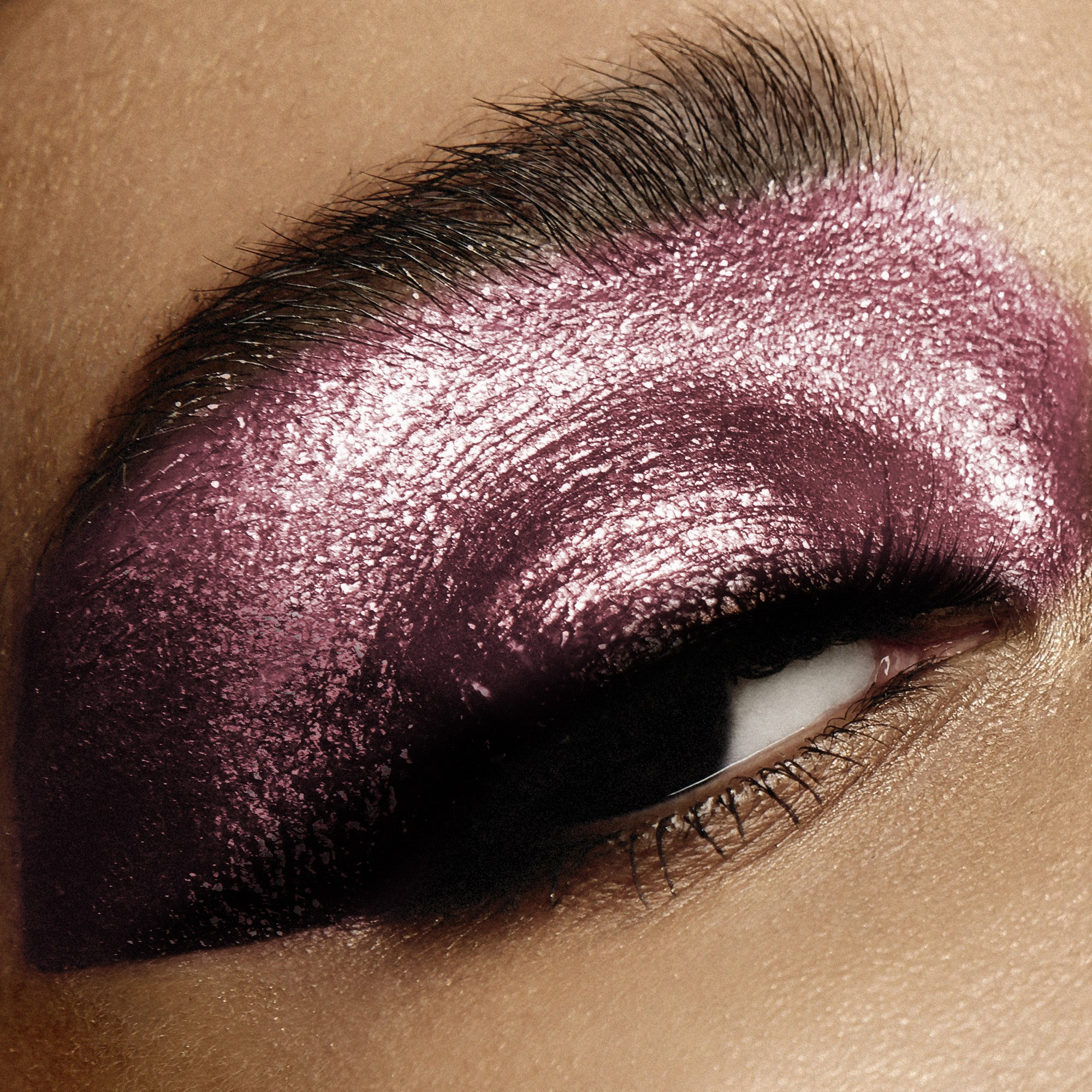 EYE/DAZZLE - The Liquid Metallic Eyeshadow