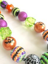 Load image into Gallery viewer, Halloween Necklace. Pumpkin Necklace. Little Girls Bubblegum Bead Necklace.