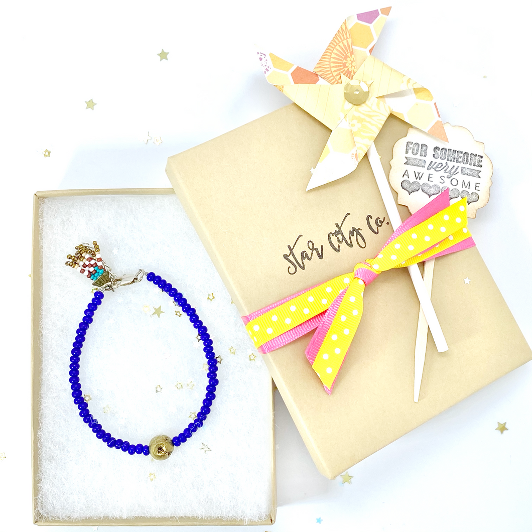 Blue Czech Seed Bead and Gold Nugget Charm Bracelet. Blue and Gold Jewelry.