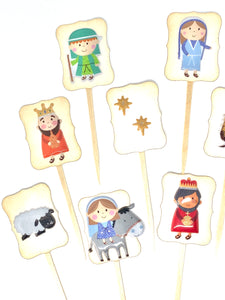 Nativity Scene Cupcake Toppers. Christmas Party Decor. Baby Jesus Cupcakes. Christmas Cupcakes.