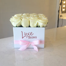 Square White Rose Box - Luxe Blooms