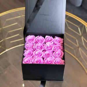 ADELAIDE: Gift Box of 16 Preserved Roses (+ 7 more colours) - Luxe Blooms