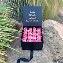 Gift Box of 16 Fresh Roses (+ 2 more colours) - Luxe Blooms