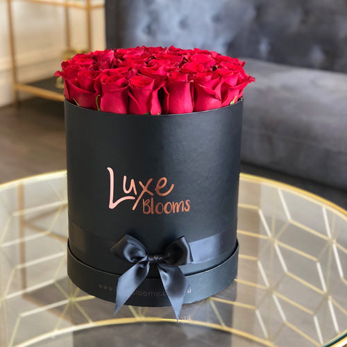 Valentine's Round Fresh Red Rose Box - Luxe Blooms