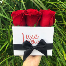 Valentine's Square Fresh Red Rose Box - Luxe Blooms
