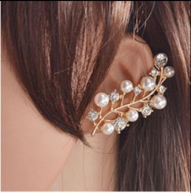 Leaf Pearl and Bling Ear Cuff
