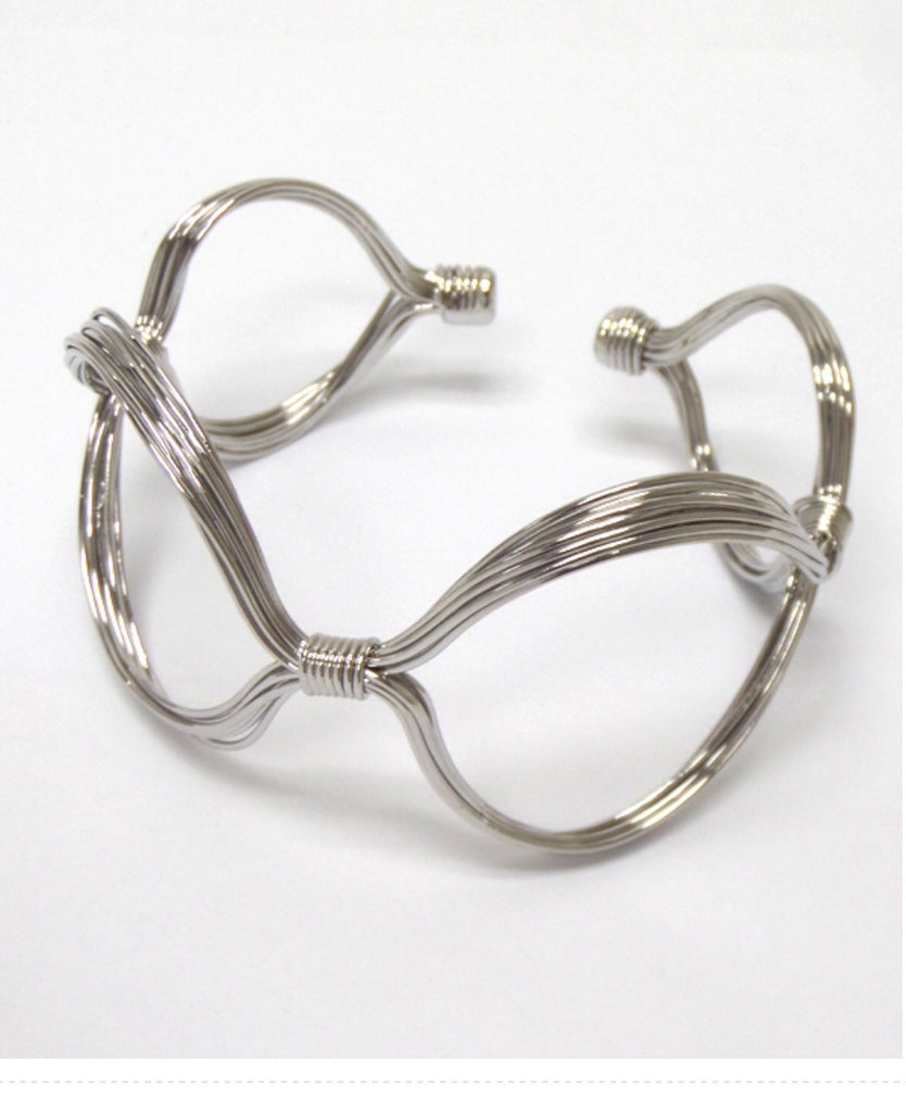 Wire Design Arm Cuff