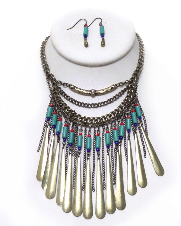 Layered Chain and Beaded Statement Necklace