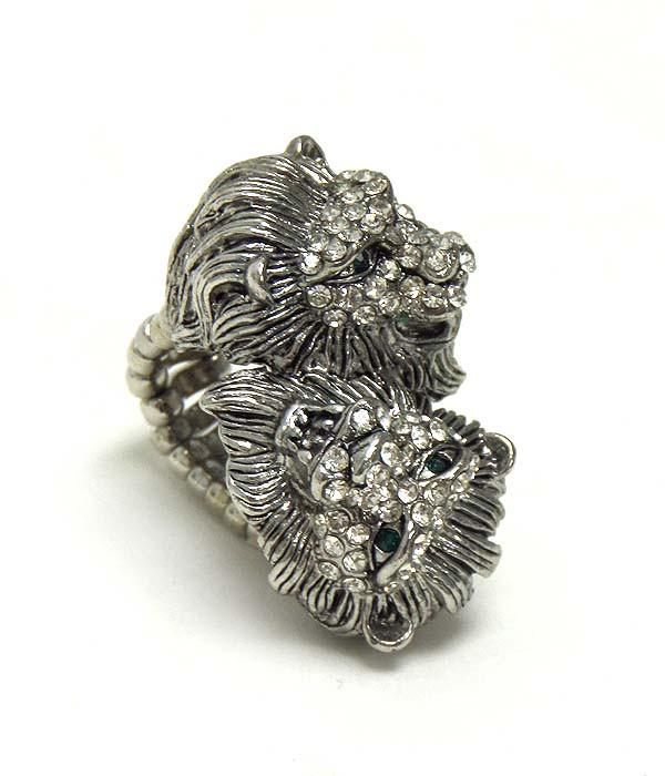 Double Lion Ring