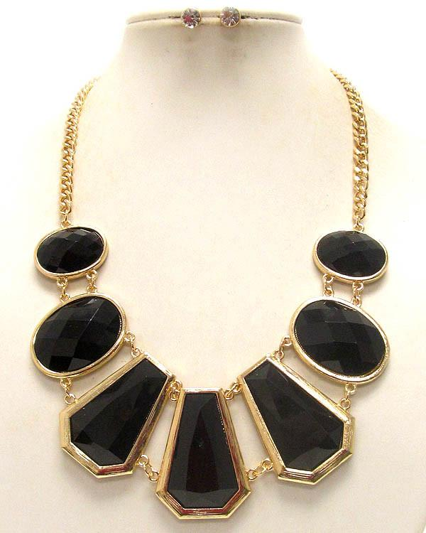 Black Necklace Set