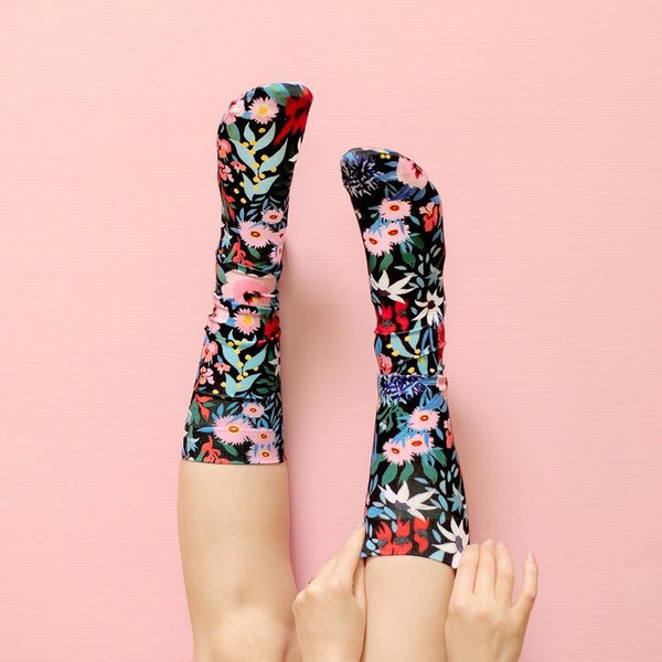 KNEE HIGH SOCKS - FLOWER DANCE