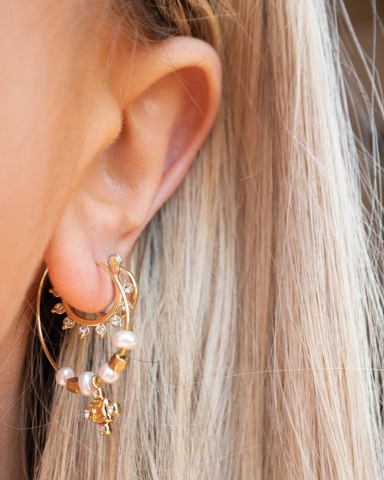 Load image into Gallery viewer, PUNK PEARL STUD HOOPS
