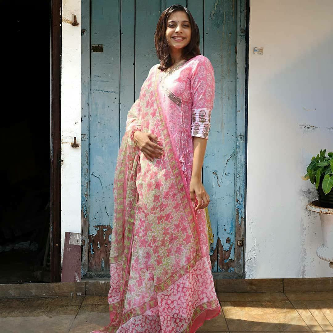 Soft Pink Anarkali Embodied With Paisley Block Prints Kurthi