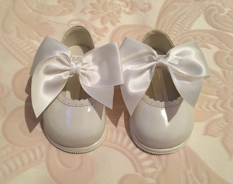 White Bow Alessia Hard Sole Shoes