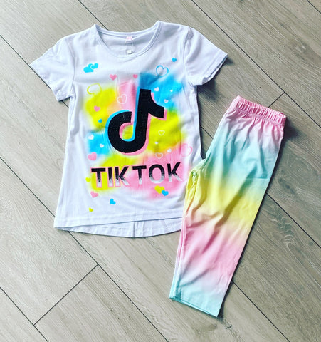 White Tik Tok Summer Set