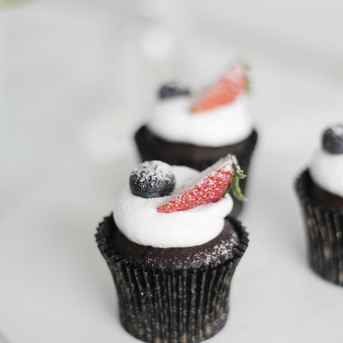 Chocolate Berries Cupcake | Cake Together | Online Cake Delivery