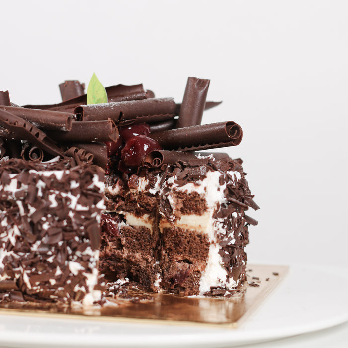 Premium Black Forest 6 inch - Cake Together - Online Birthday Cake Delivery