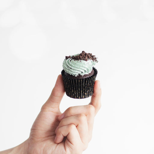 Mint Cookies and Cream Chocolate Cupcakes - Cake Together - Online Birthday Cake Delivery