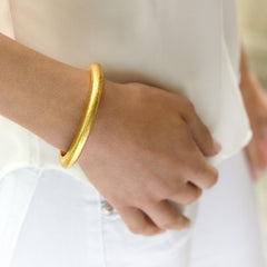 JULIE VOS - CATALINA HINGE BANGLE - FINDLAY ROWE