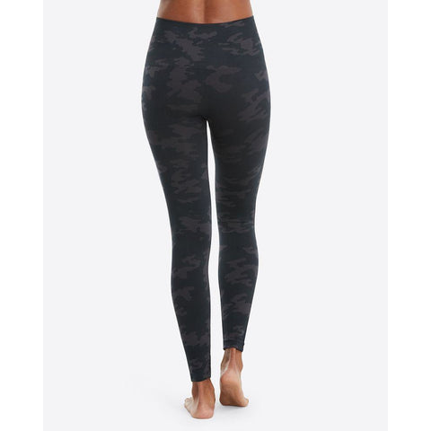 Spanx - Black Camo Look At Me Now Seamless Leggings