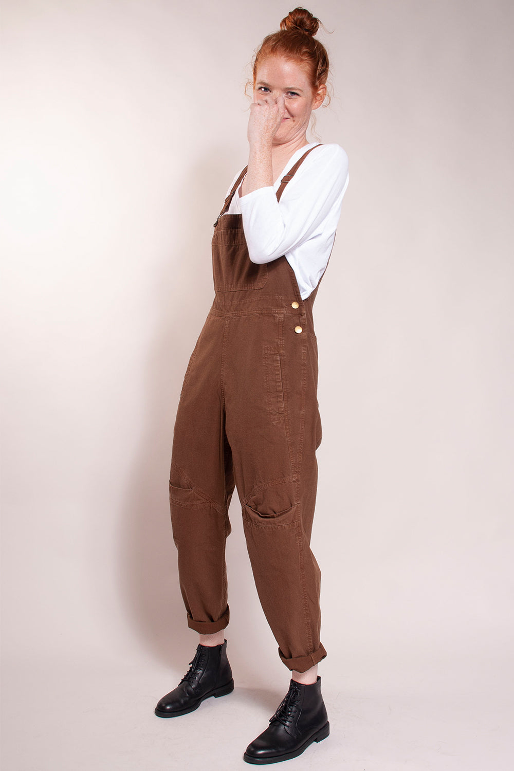 Classic overalls with lots of pocket details. Flattering fit. 100% cotton.