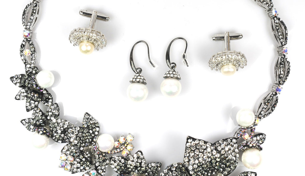 Silver Necklace, earrings & cufflinks